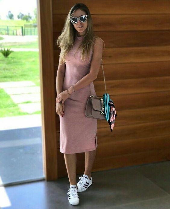 Vestido Com Tenis Saiba Como Usar Com Imagens Look Com