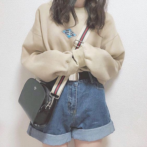 sweater bag cuffed jeans japanese fashion - what to wear on a date┊soyvirgo.com @soyvirgos on ig for business inquires!࿐♡ ☆˖۪۪̥°̥.