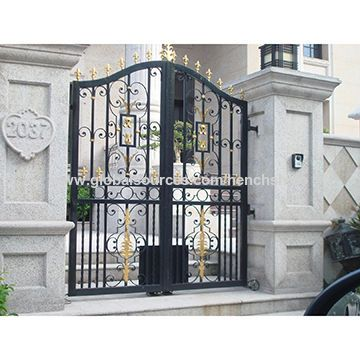 China Hench Luxury Villa Driveway Steel Gates Wrought Main Gate Design Iron Gates Wrought Iron Gates