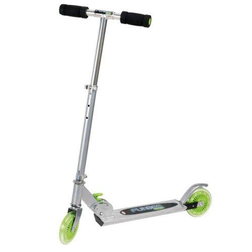 Cette trottinette est stable et robuste. Très légère, votre enfant prendra confiance en lui pour progresser dans l'apprentissage de l'équilibre.