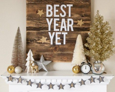 New Year's Eve Mantel