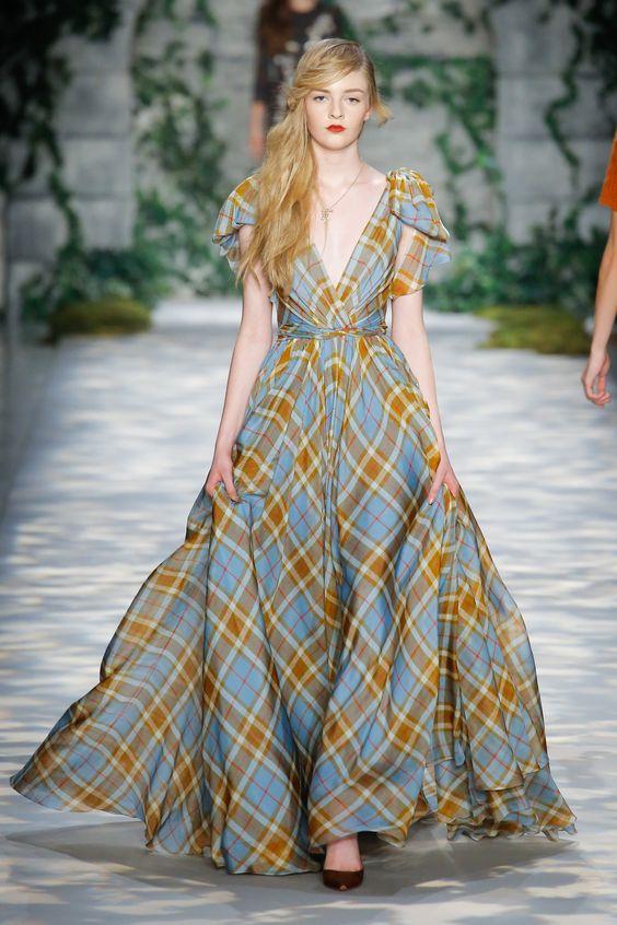 Essential Boho Fashion: Maxi Dresses