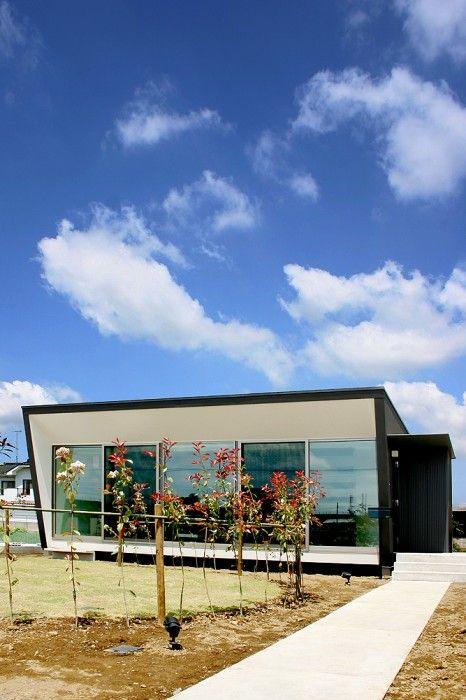 Casa con persianas de concreto