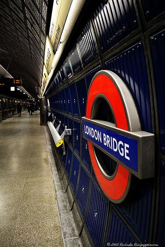 LONDON BRIDGE TUBE STATION | SOUTHWARK | LONDON | ENGLAND: *London Underground: Jubilee Line; Northern Line*