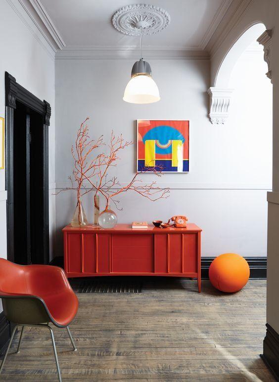 Un Hall D Entree Aux Couleurs Acidulees Decoration Interieure Idee De Decoration Idees De Decor