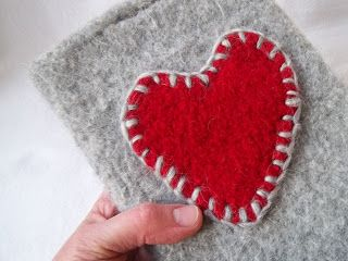 Pilgrim Purse ~ and Poetry: Two Knit Hearts