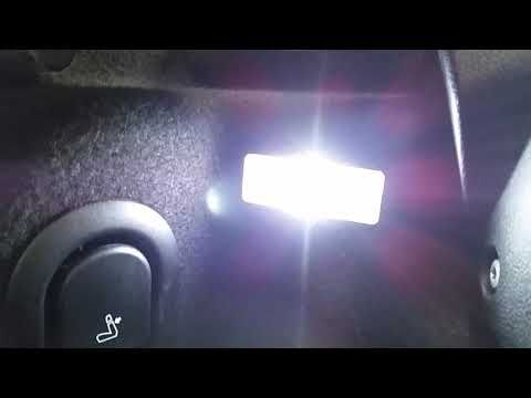 2014 2020 Mini Cooper Testing Cargo Area Light In Trunk After