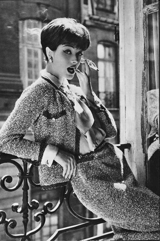 1958: Marie-Helene Arnaud, the allure of Chanel 1958. Photo by Sante Forlano. © Chanel