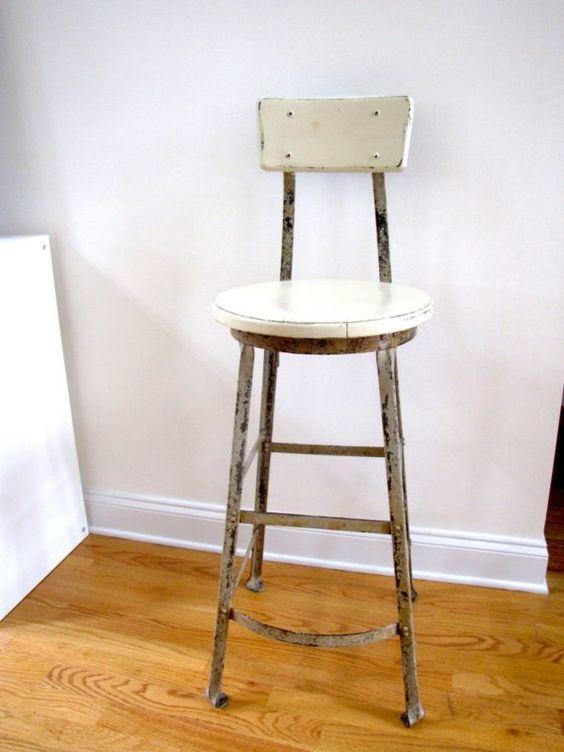 Great shape,great patina,great stool!
