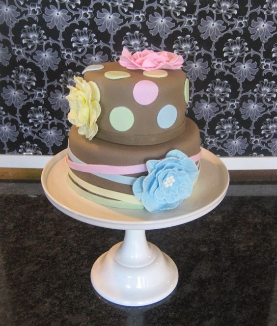 Devanys Designs: Gender Neutral Baby Shower Cake