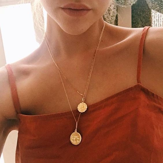 Uploaded by B r a n d y ❀. Find images and videos about girl, fashion and style on We Heart It - the app to get lost in what you love.