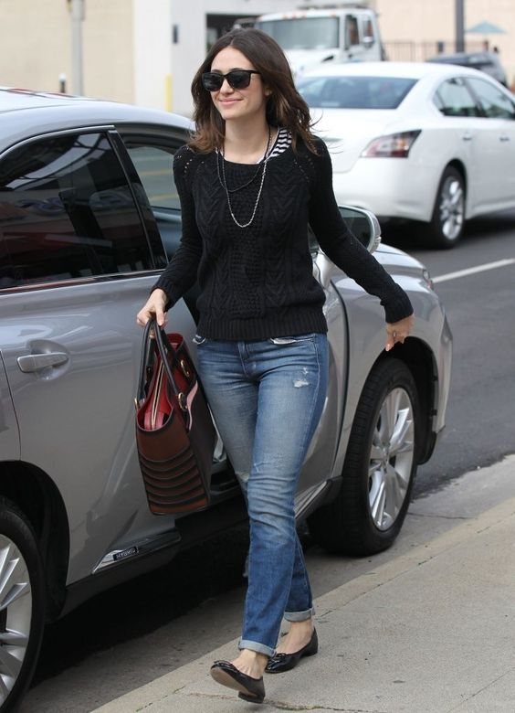 Emmy Rossum - Emmy Rossum Runs Errands:
