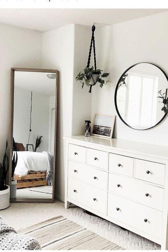 Minimalism Design Idea Bedroom Furniture Chest Of Drawers White Bedroom Chest Design Drawers Furniture Idea Simple Bedroom Simple Bedroom Decor Furniture
