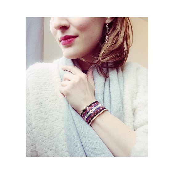 Et une nouvelle manchette! One more cuff ! ⭐️⭐️⭐️ #manchette#bracelet#cuff#cuffbracelet#bijoux#jewellery#jewelry#designer#createur#petitcreateur#berlin#paris#frenchspiritmadeinberlin#scmuck#armband#localbusiness#slowfashion#slowshopping#style#picoftheday#beads#perles#perlen#weben#wea
