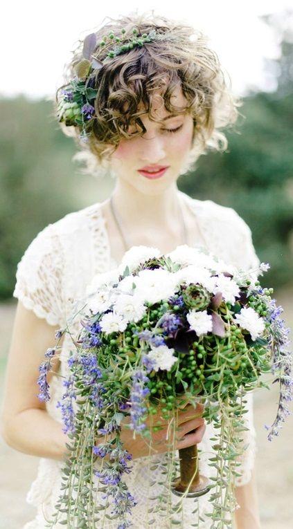 bohemian bride, bouquet in vintage spool