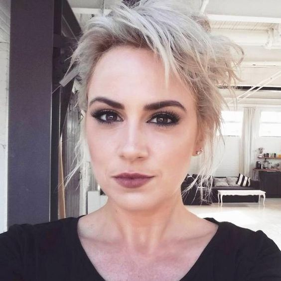 Mascara selfie Valérie Roberts longs cils fournis noirs