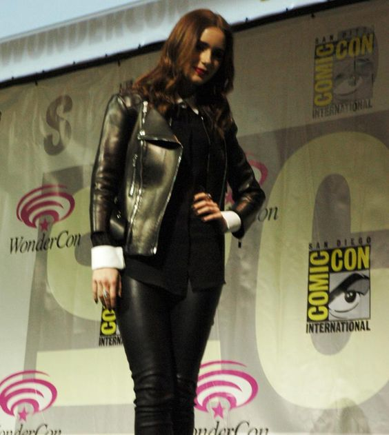 the mortal instruments movie panel 2013 comic con photos | WonderCon 2013 - The Mortal Instruments: City of Bones Panel, Lily ...