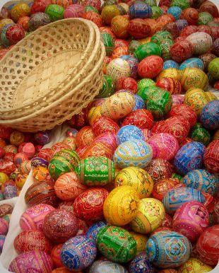 ručně vyráběná česká velikonoční vajíčka - prague-easter-eggs