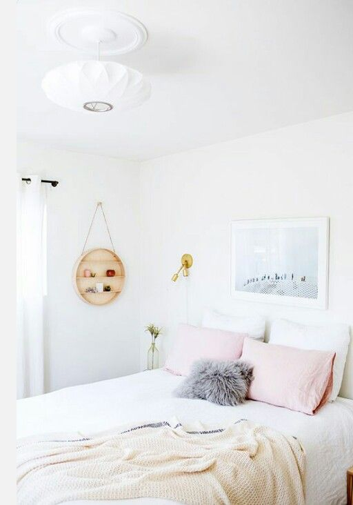 Cozy bedroom with pastel pops of color ♡♡