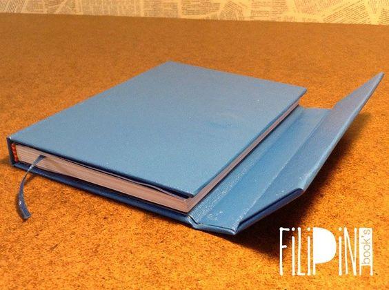 'Azul' MiniBook Cierre con Imán .  Tamaño A6: 15x11 / 65 hojas lisas. Modelo Exclusivo Filipina.