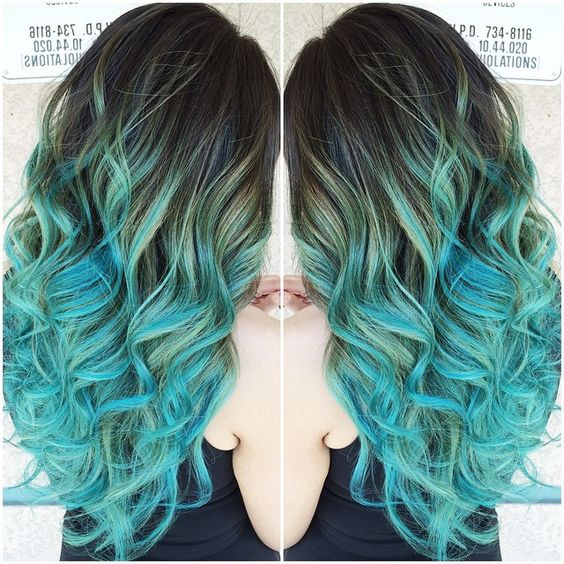 Glorious pastel teal/blue balayage ombrè hair colore created by stylist Sydniiee using Wella,