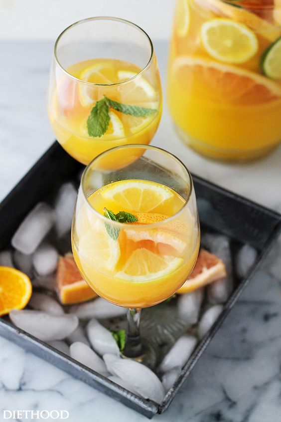 Mimosas cocktails and cocktail recipes on pinterest for Wine and orange juice name