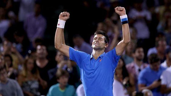 Der Sport-Tag im Ticker: Djokovic bezwingt Murray im Miami-Finale -  Djokovic bezwingt Murray im Miami-Finale - Titelverteidiger Novak Djokovic hat zum fünften Mal das ATP-Masters von Miami gewonnen. Der Weltranglistenerste aus Serbien bezwang im Endspiel seinen langjährigen Rivalen Andy Murray 7:6 (7:3), 4:6, 6:0 und feierte damit seinen 51. Turniersieg auf der ATP-Tour. Olympiasieger Murray verpasste die Revanche für die Niederlage im Finale der Australian Open zu Saisonbeginn. Nach 2:50…