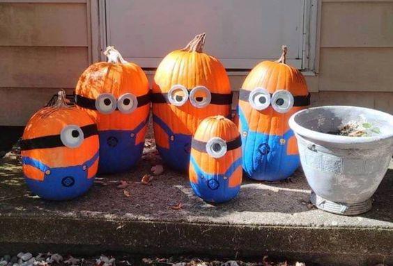 Minion Halloween Pumpkin