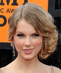 Taylor Swift Hairstyle: Formal Updo Long Curly Hairstyle