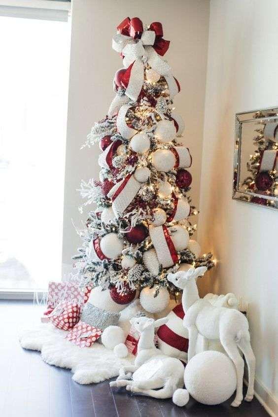 Foto Di Alberi Di Natale Originali.Albero Di Natale Bianco E Rosso Christmas Alberi Di