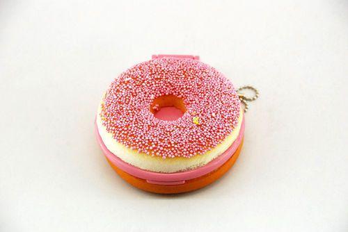 Squishy Donut Mirror : Kitsch pink squishy Donut kawaii mirror keychain Pink, Donuts and Mirror