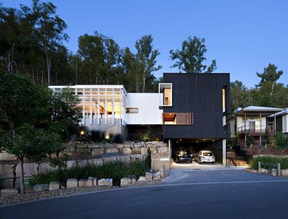 Stonehawke House / Base Architecture (Australia)