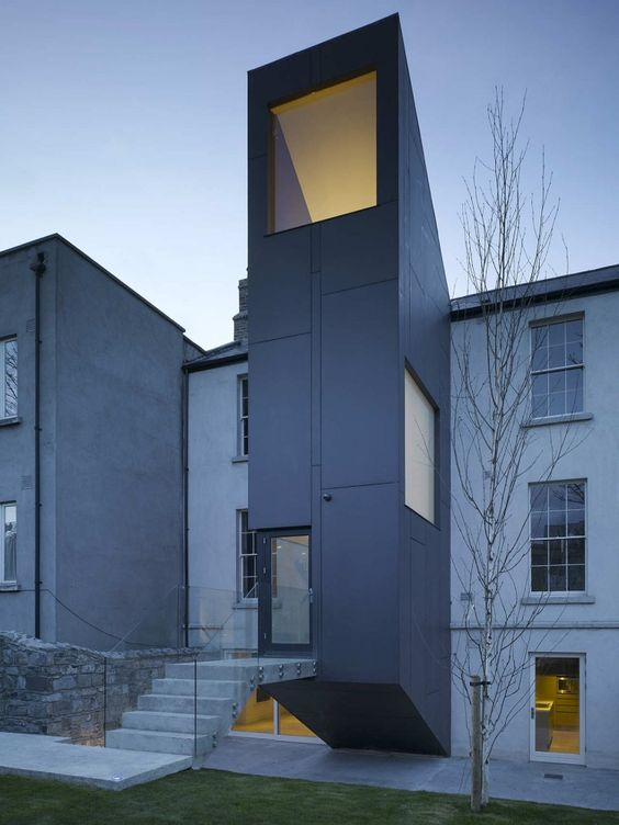 Houses In Castlewood Avenue / ODOS Architects