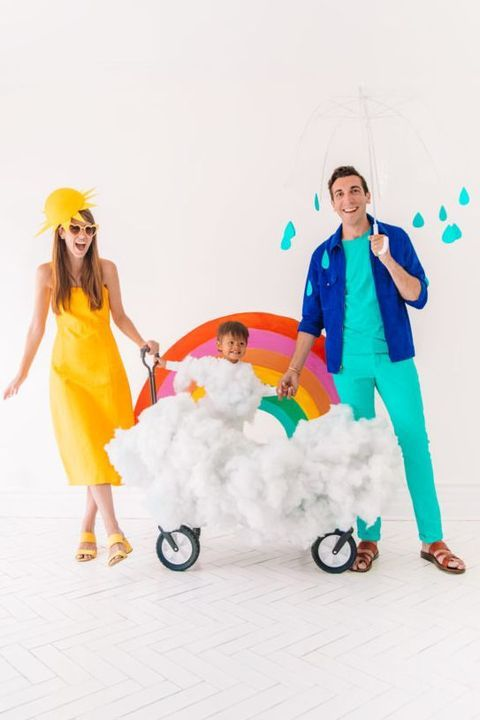 These Family Halloween Costumes Are Too Cute For Words Ideas De Disfraces Familiares Disfraces De Halloween Familia Disfraces Carnaval