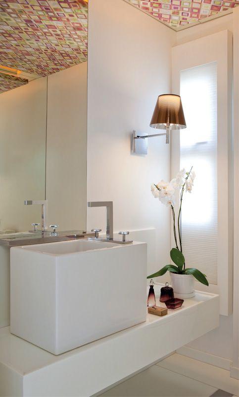 Seis lavabos bonitos e bem aproveitados  Pó, Cuba e Pias -> Decoracao Banheiro Atual