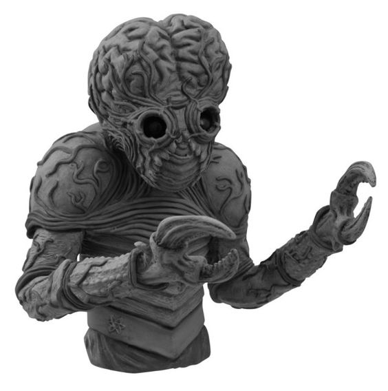 The good folks over at Diamond Select Toys are previewing some more awesome merchandise for September. Pre-orders open today for an Alien Egg with Facehugg