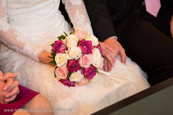 http://hochzeitsfotograf-christian.de/wp-content/uploads/2013/02/Hochzeit-0037(pp_w926_h617).jpg