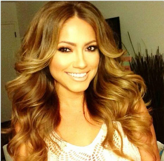Jessica burciaga I love her hair