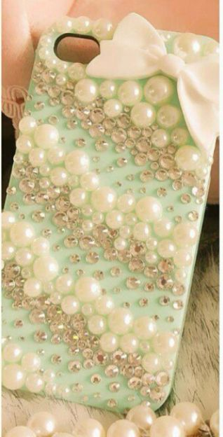 Pearls, jewels, rubies... What more could u ask for