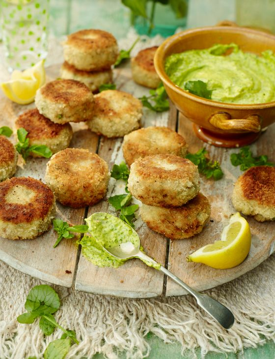 Mini prawn cakes with watercress mayonnaise - A speedy starter sure to please the whole crowd.