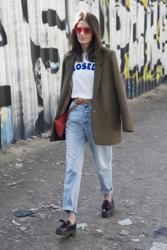 Streetstyle mit einer 80er-Jahre-Jeans von Closed