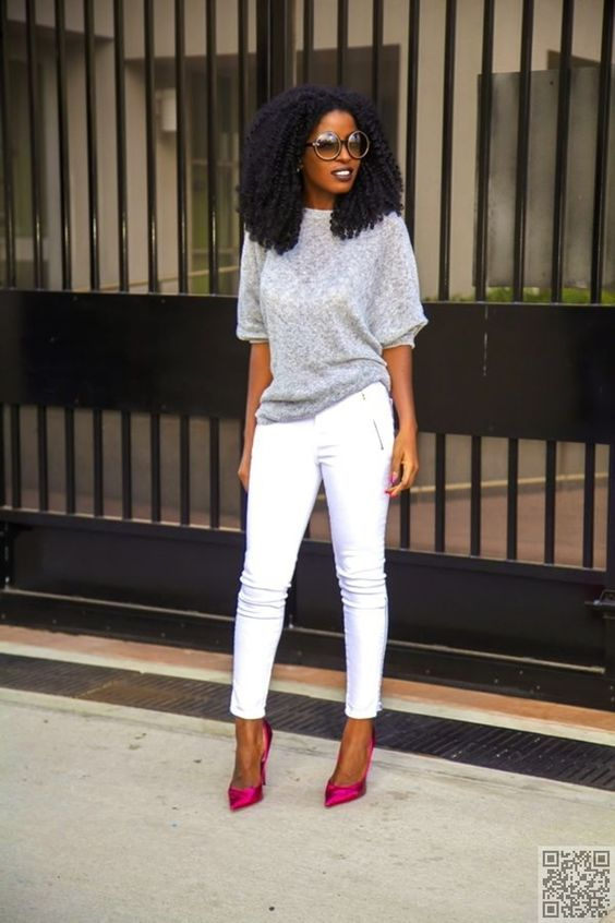 36. #Oversize Sweater and #Metallic Pumps - #Summer Denim: Ways to #Style White Jeans ... → #Fashion #White