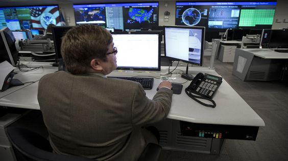 Federal government struggles against cyberattacks - BOSTON HERALD #US, #Cyberattacks, #Security