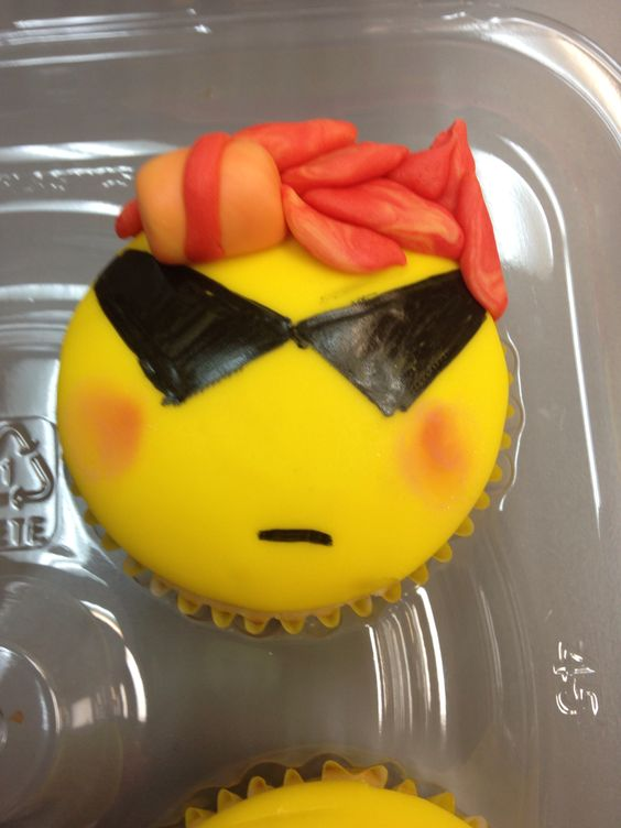 Trickster Dirk cupcake I made.