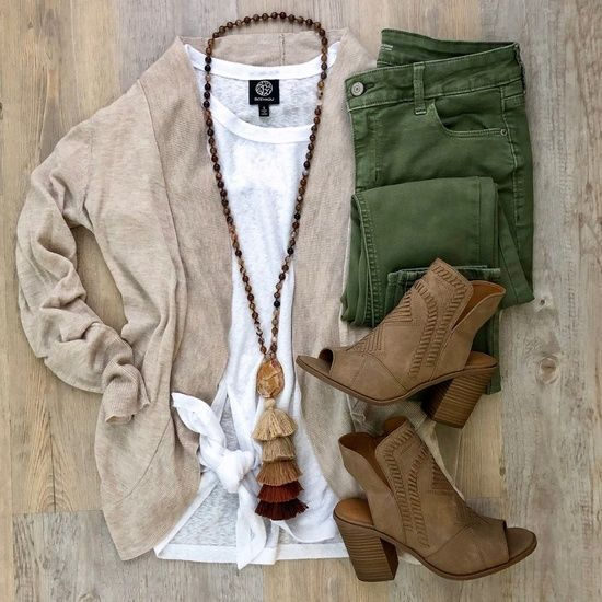 Trying to put some fall transition outfits together and of course had to pull out the olive skinnies!  #ShopStyle #MyShopStyle #Flatlay #Petite