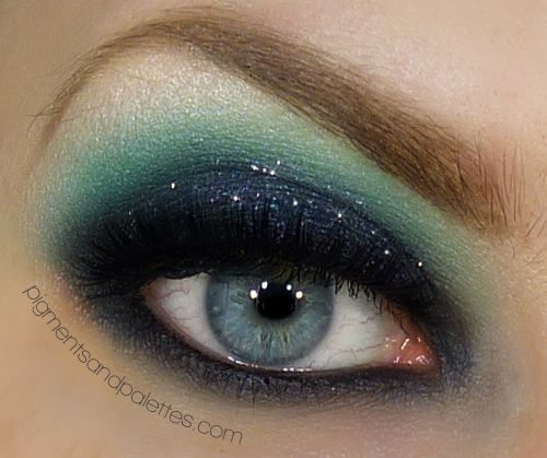 """Makeup Trends & Fall Fashion with Fake-Leather: Part II ~ """" Pigments and Palettes """" 