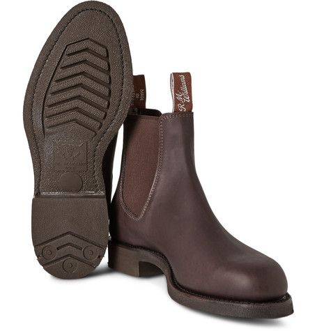 R.M. Williams' 'Gardener' Chelsea boots have been handcrafted in Australia from a single piece of leather, ensuring that they're both comfortable and durable. Initially designed as a work boot, this style has oil-resistant Goodyear®-welted soles, which provide exceptional traction and can be easily resoled over years of wear.