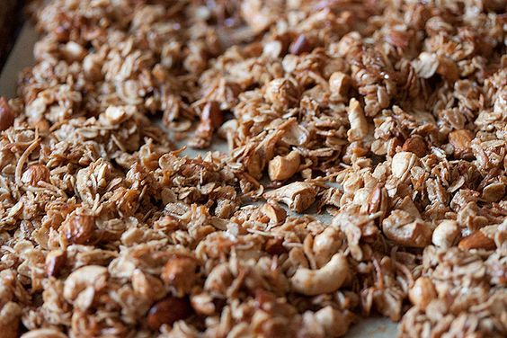 Clean Eating - Maple Granola