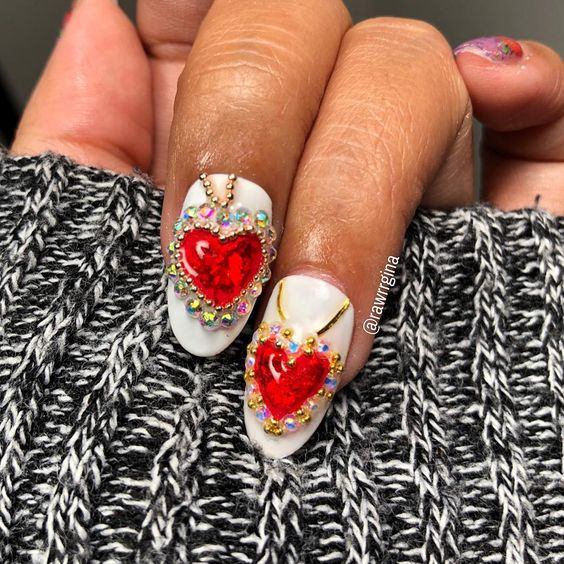 VALENTINES DAY NAIL ART HEART PENDANT BY RAWRRGINA