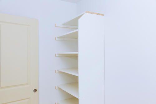 棚がない洗面所でも大丈夫 上手に収納スペースを作るには 棚
